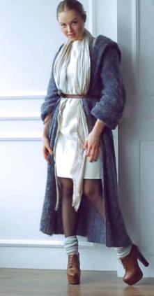 Как правильно одеваться полным девушкам невысокого роста
