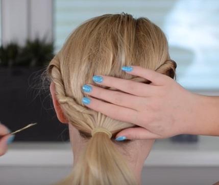 Коктейльная причёска на короткие волосы - Шаг 2