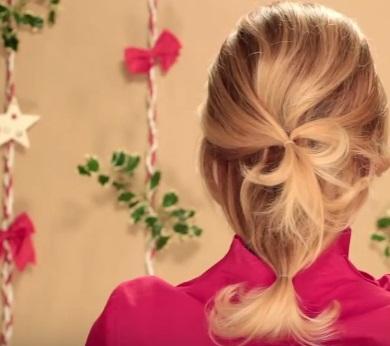 Коктейльная причёска на средние волосы - Шаг 3