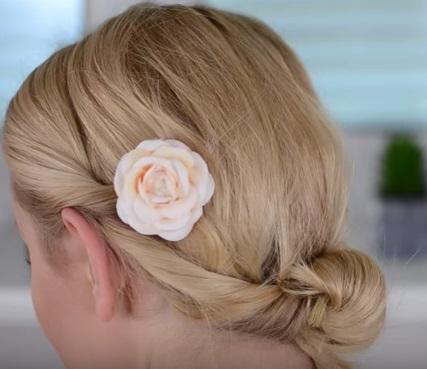 Коктейльная причёска на короткие волосы - Шаг 7