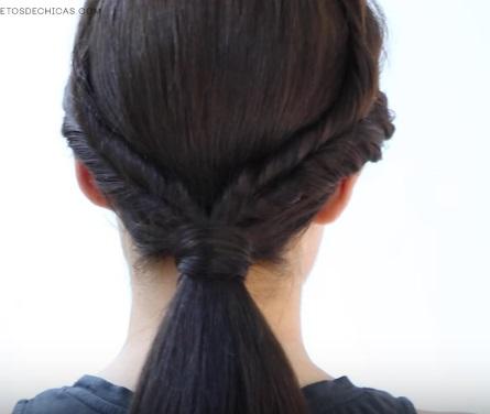 Низкий хвост со жгутиками на средние волосы - Шаг 4