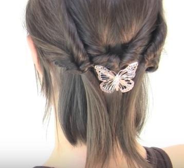Причёска из шести жгутиков на короткие волосы - Шаг 6