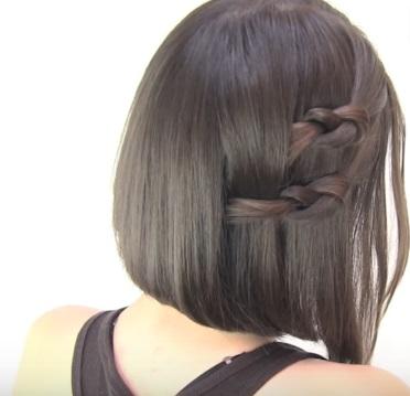 Причёска с узелками для коротких волос