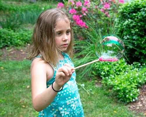 Как сделать в домашних условиях мыльные пузыри 8
