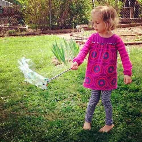 Как сделать в домашних условиях мыльные пузыри 7