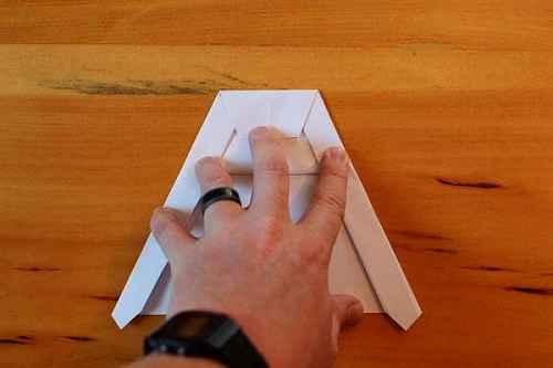 Как сделать из бумаги самолётик Хаммер - Шаг 12