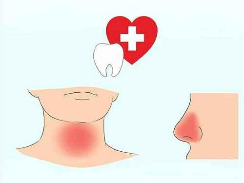Боль в носу или в горле сопровождает неприятный запах изо рта.
