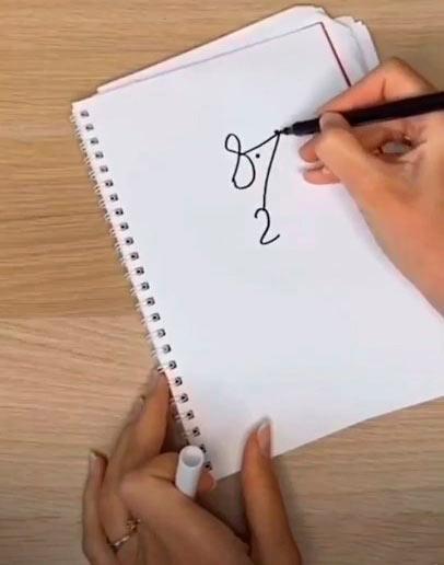 Как быстро нарисовать мышку - Нарисуйте глаз и нос