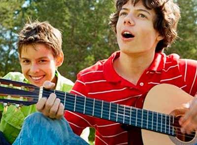 Мутация голоса у мальчиков, во сколько лет ломается голос у мальчиков