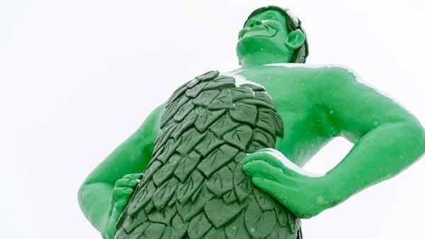 7 самых причудливых статуй в мире