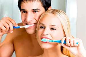 7 ошибок при уходе за нашими зубами