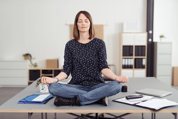 Медитируйте или молитесь