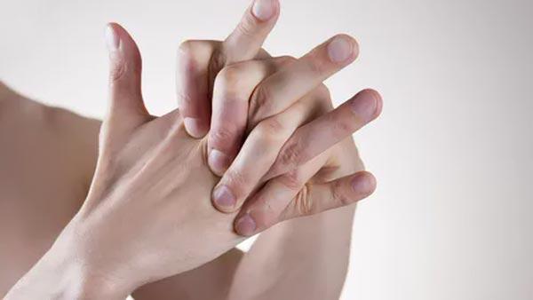 Хруст суставами приведет к артриту.