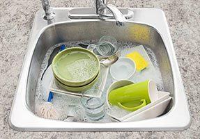 К чему снится мыть посуду во сне для женщины