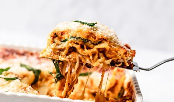 Полезная вегетарианская лазанья из шпината и тыквы