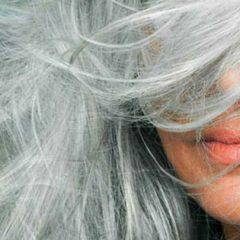Чем оттенить седые волосы в домашних условиях?
