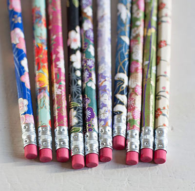 Дизайнерские карандаши в упаковке своими руками