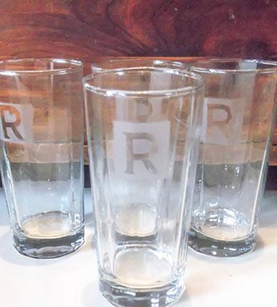 Гравированные стеклянные стаканы своими руками