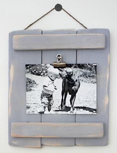 DIY рамка для фотографии из палетных досок своими руками