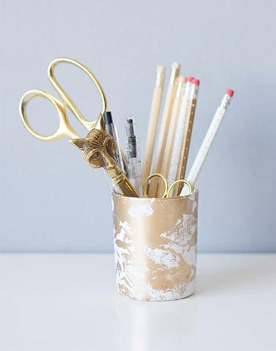 Золотая подставка для карандашей своими руками