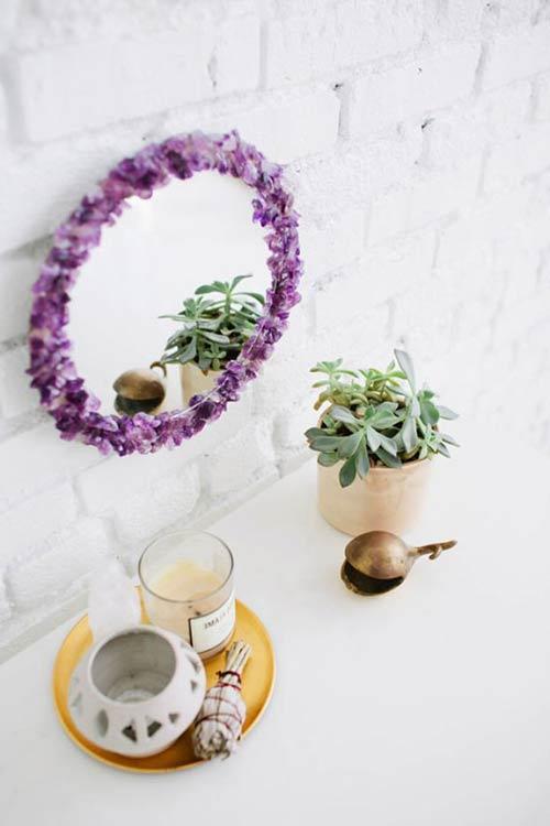 Зеркало из драгоценных камней для декора спальни