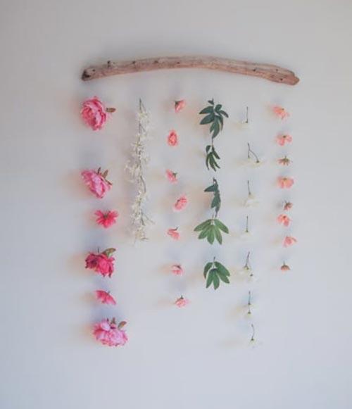 Настенные цветы для декора спальни