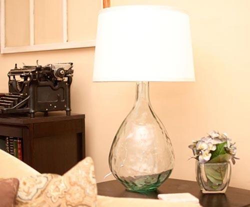 Самодельная лампа под West Elm для декора спальни