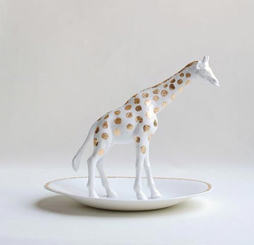 Фигурка жирафа для декора спальни