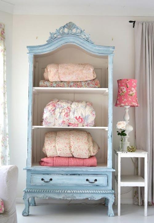 Шкаф во французском стиле для декора спальни