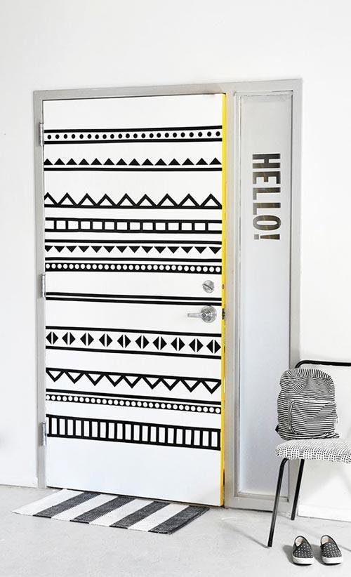 Двери с узорами для декора спальни