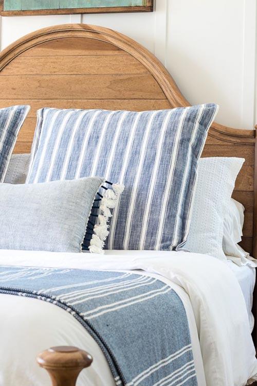 """Постельное белье в стиле """"Lake House"""" для декора спальни"""