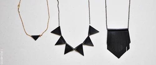 Колье или ожерелье из старых кожаных вещей