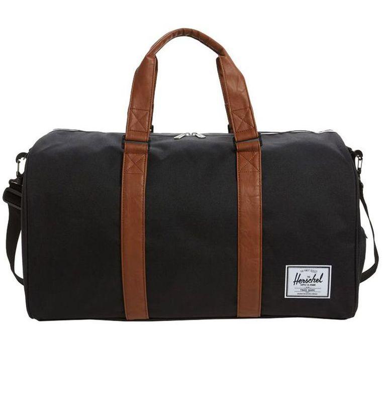 Подарок парню - спортивная сумка