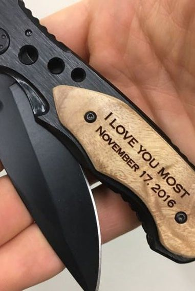 Карманный нож с гравировкой в подарок парню