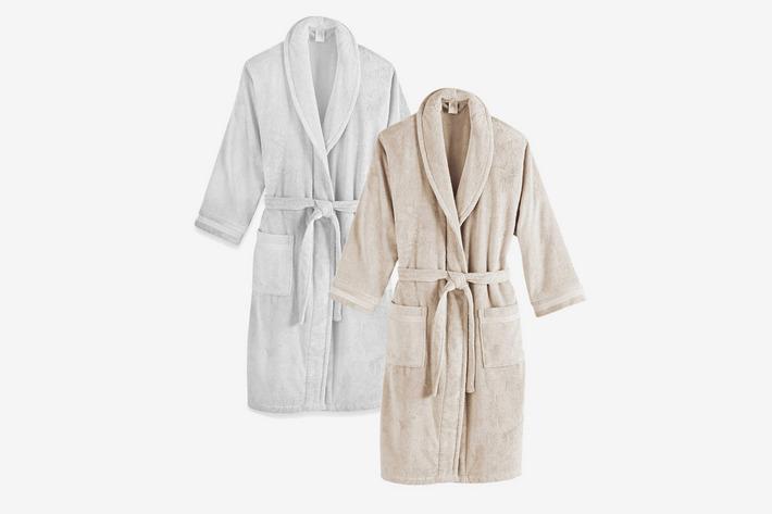 Махровые халаты - подарок молодоженам
