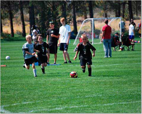 При выборе подарков для 8-летних мальчиков учитывайте спортивные интересы