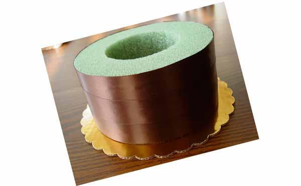 Конфетный торт - подарок подреге на день рождения, шаг 3
