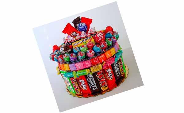 Конфетный торт - подарок подреге