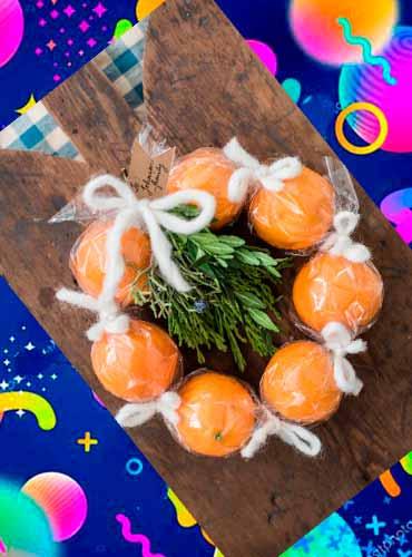Мандариновый венок - подарок своими руками маме