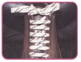 """Как завязать шнурки на ботинках красиво """"зубчатым"""" узлом"""